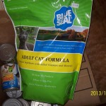 Cat Food Donation Donna Taylor 12112013 2